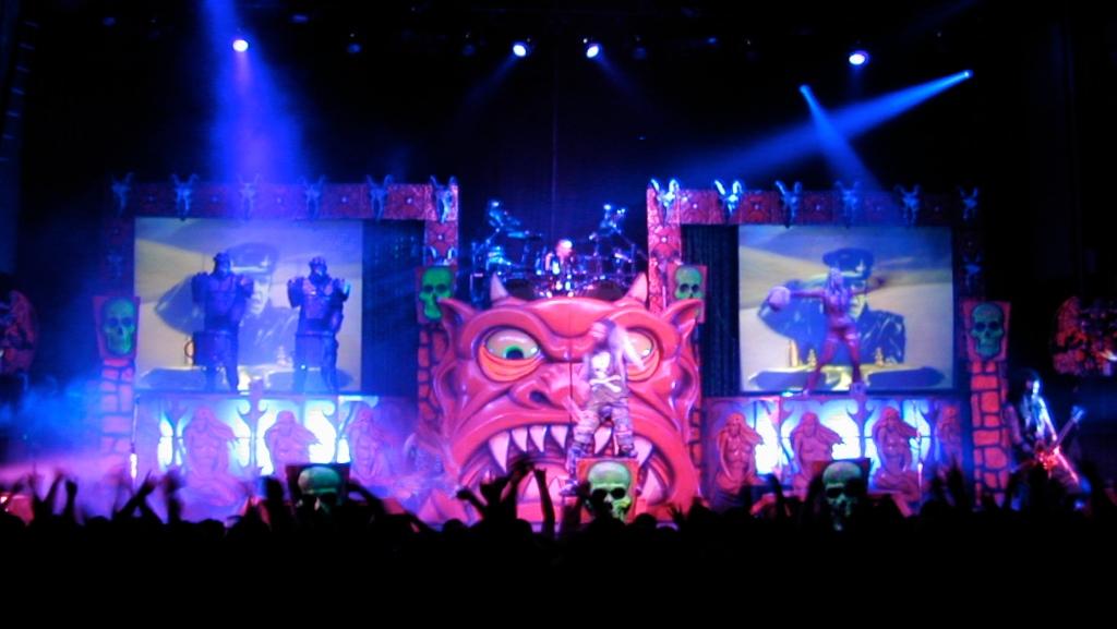 rob zombie custom stage lighting